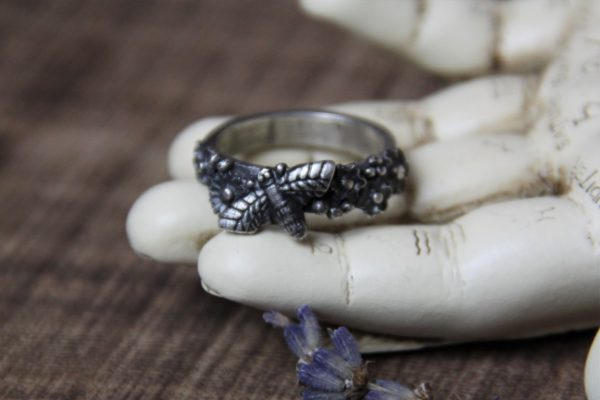 silver clay honey bee ring 1