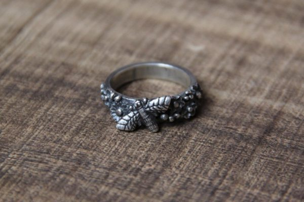 silver clay honey bee ring 2