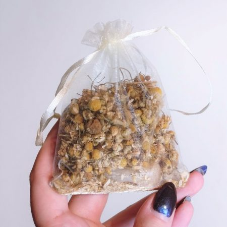 Silver Rune Crafts Chamomile flowers with citrine